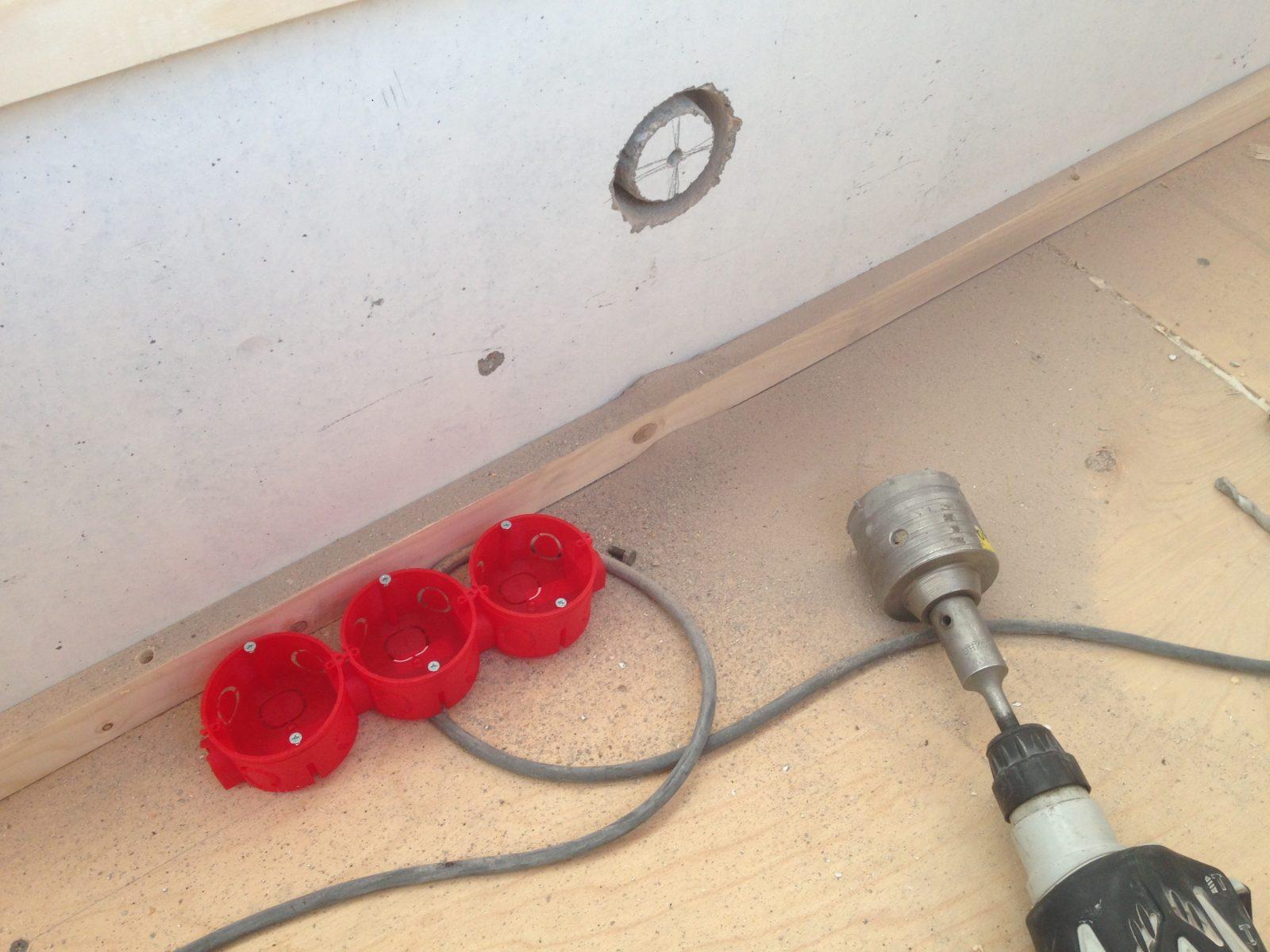 Ремонт балкона электропроводка