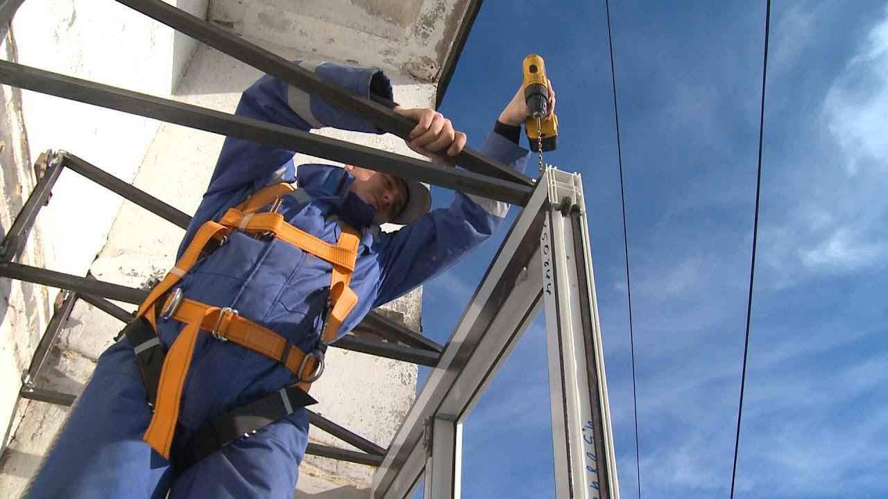 фирмы по остеклению балконов в СПб