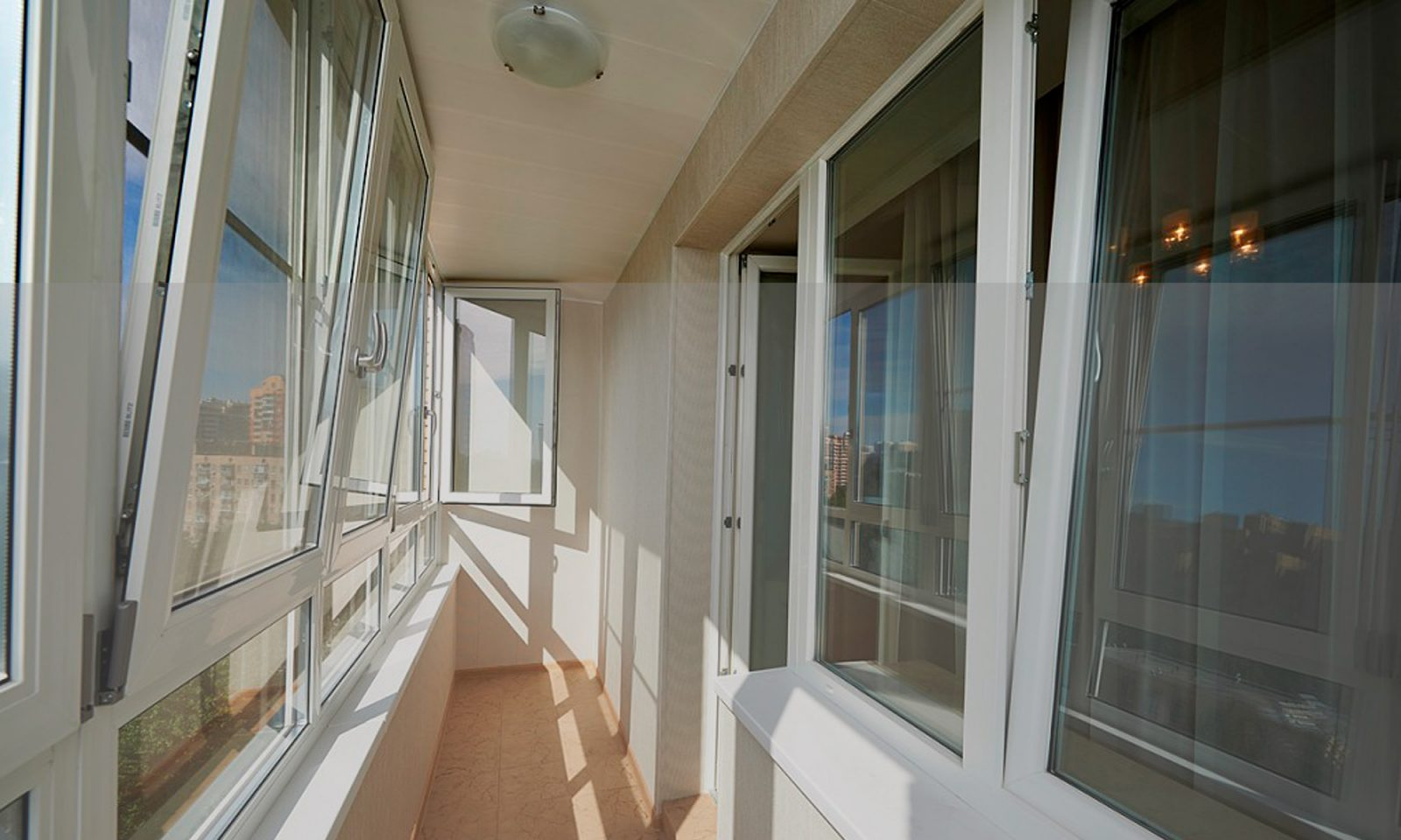 Заказать остекление балкона