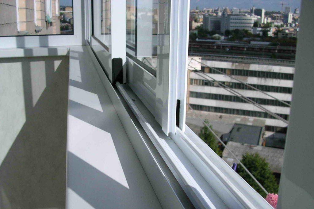 Современное остекление балкона