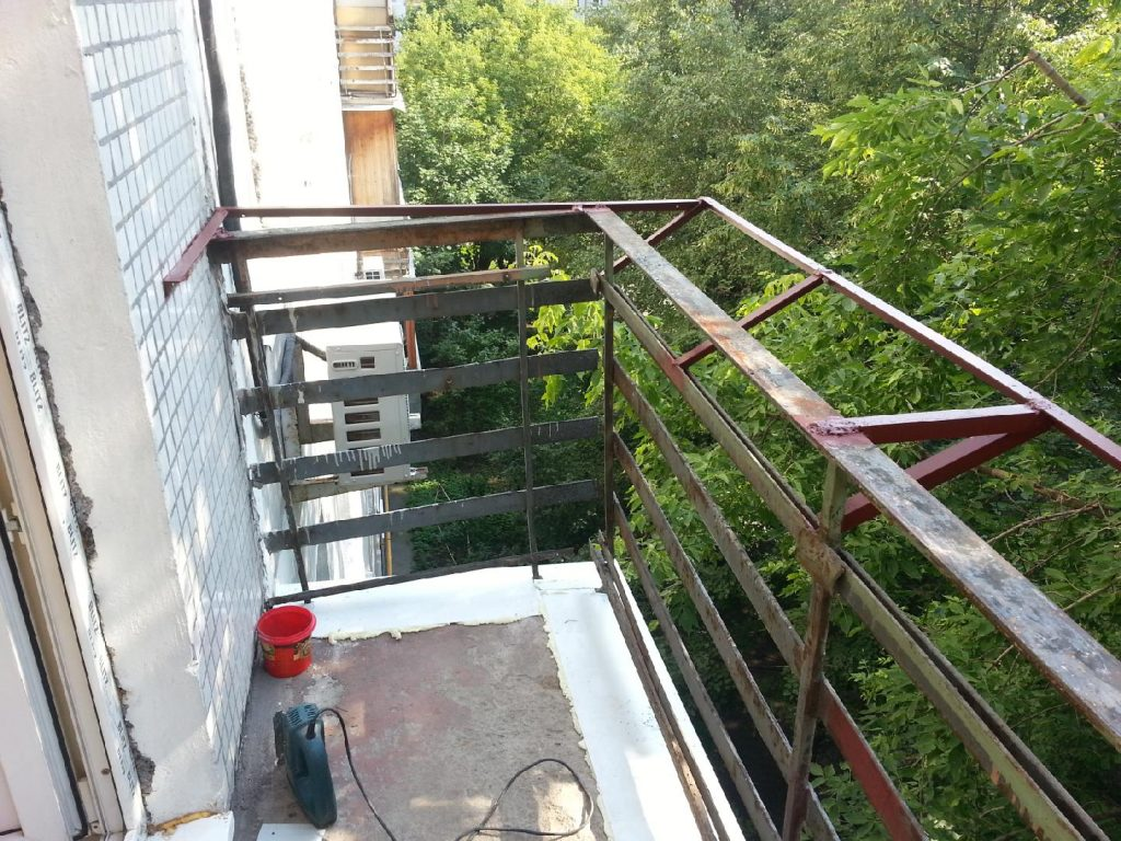 заменить стекло на балконе